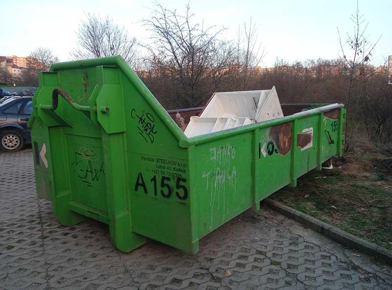 мусорный контейнер под мусор в Словакии