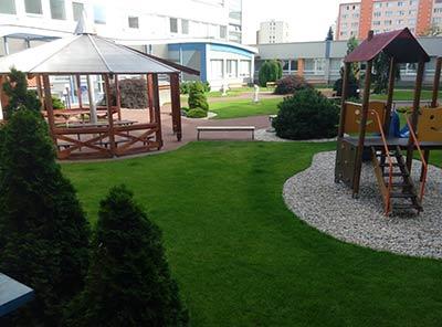 Больничный дворик детской больницы Кошице
